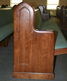 high quality pews, solid hardwood ends, church furniture with long lifespan
